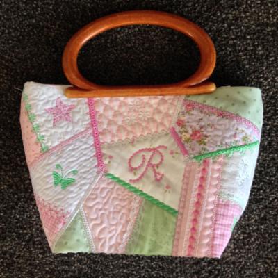 Kreative Kiwi   Secrets Of Embroidery Crazy Patch Bag